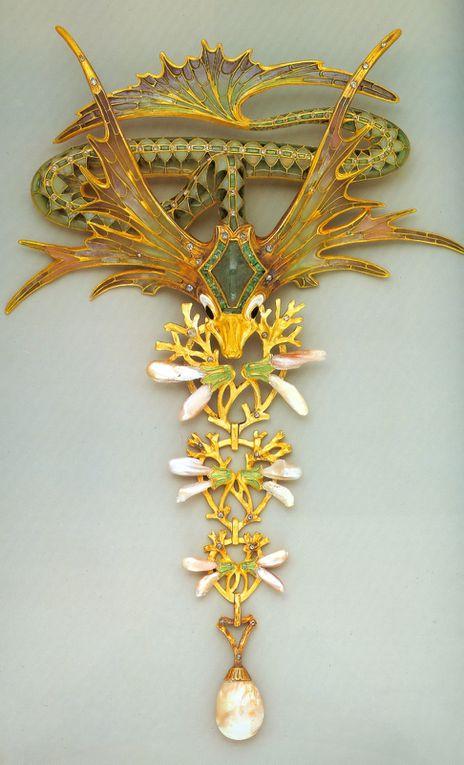 Art nouveau : les bijoux de G. Fouquet et A. Mucha