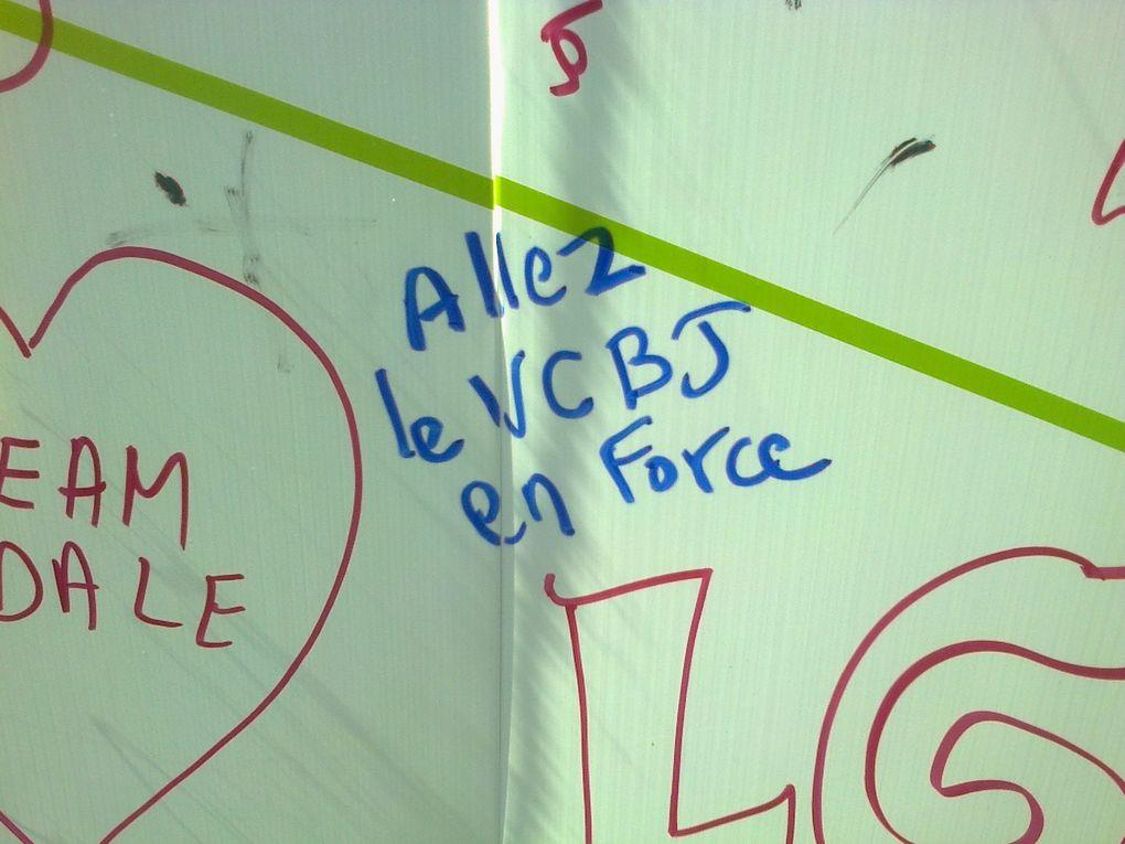 Une petite dédicace sur le mur pour mes amis du club :-)