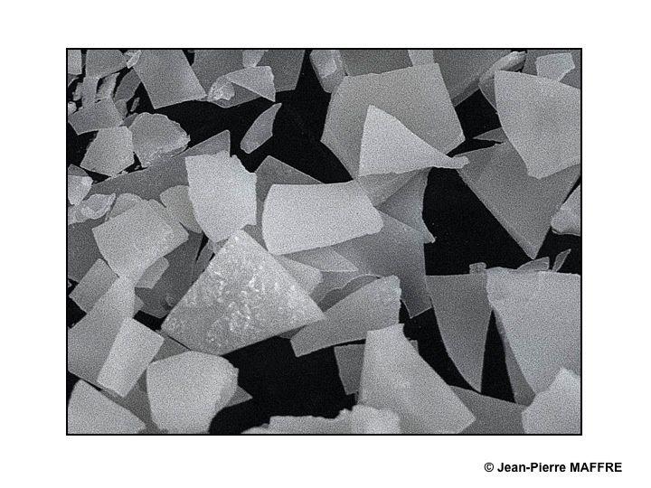 Les matériaux les plus inattendus obéissent aussi aux lois physiques qui régissent la dérive des blocs de banquise.