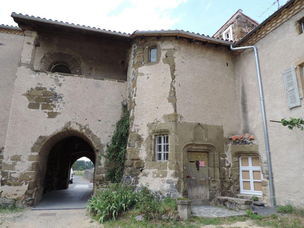 de l'Allier à la Desges, en passant par l'Abbaye et l'église du village