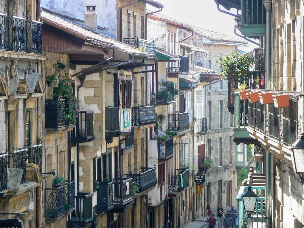 Quelques clichés de Hondarribia, empruntés à Panoramio