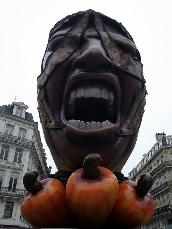 """Lille 3000, """"Renaissance"""". Les installations de la rue Faidherbe.¨Parade d'ouverture le 26/09/2015."""