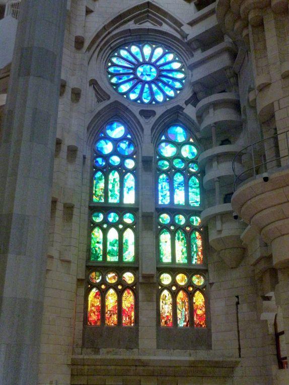 Diaporama : D'autres détails de l'immense nef de la basilique (avril 2015, images personnelles)