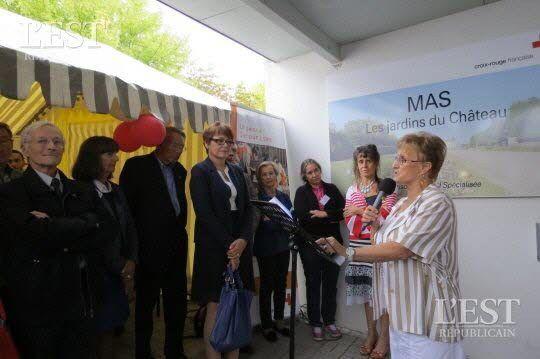 Dix ans qui n'ont pas toujours été un long fleuve tranquille comme l'a expliqué Mireille Crémel, maman d'une résidente et présidente des Ballons Rouges, qui oeuvre pour le bien-être des résidents.