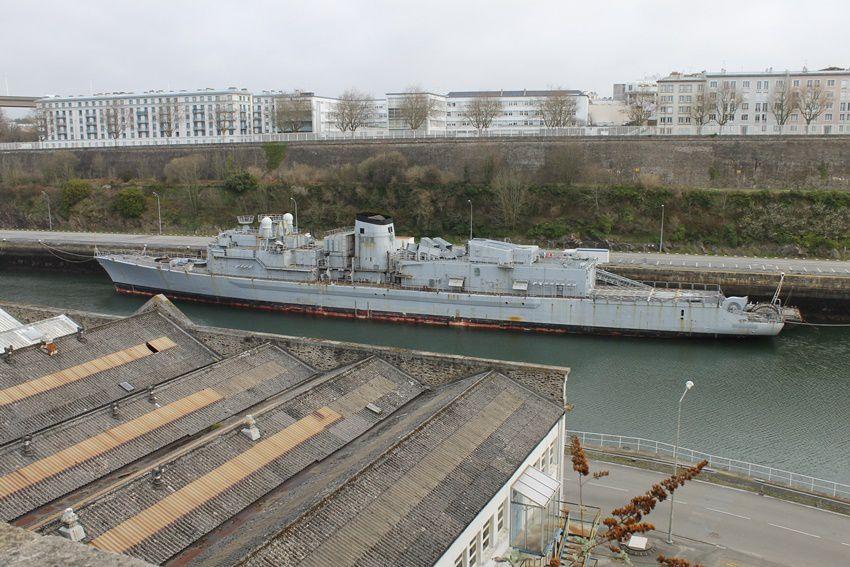 Navires et bateaux en tout genre...Finistère.