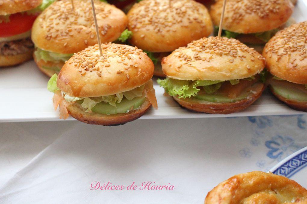 Mini burgers &amp&#x3B; pains aux raisins
