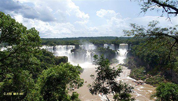 Les chutes d'Iguaçu vues depuis le Brésil (laisser les images défiler)