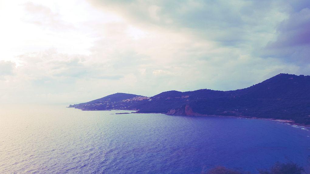 La mer est très calme mais très très calme c'est un lac on aime pas trop ça pour le Big One!!! Des paysages splendides à vous couper le souffle...