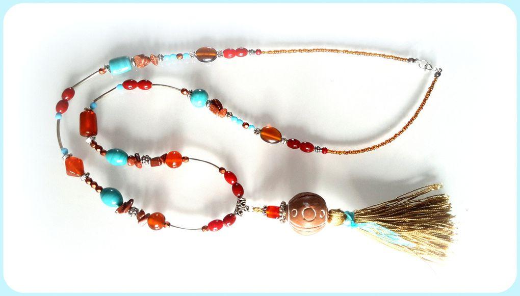 collection de colliers longs ou courts, mais en tout cas en couleur !