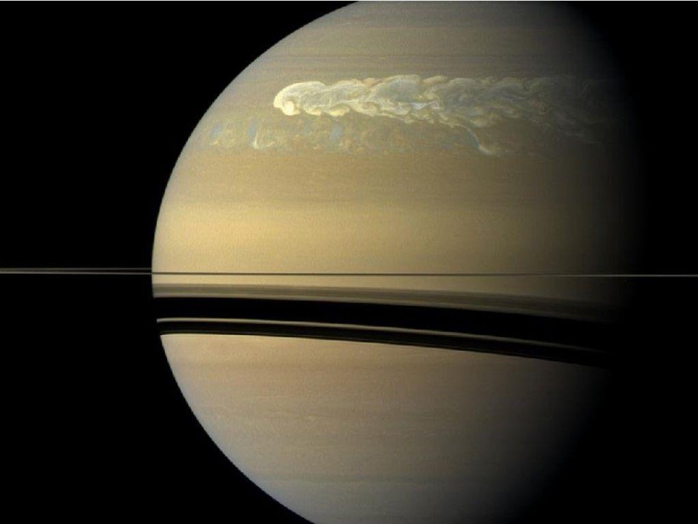 montage des dernières images par spectométrie de Cassini (instrument VIMS) source NASA https://saturn.jpl.nasa.gov/resources/7793/