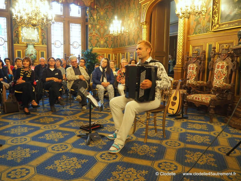 PASSEURS DE SOUFFLE, voyage en terre de poésie à l'Hôtel Groslot d'Orléans