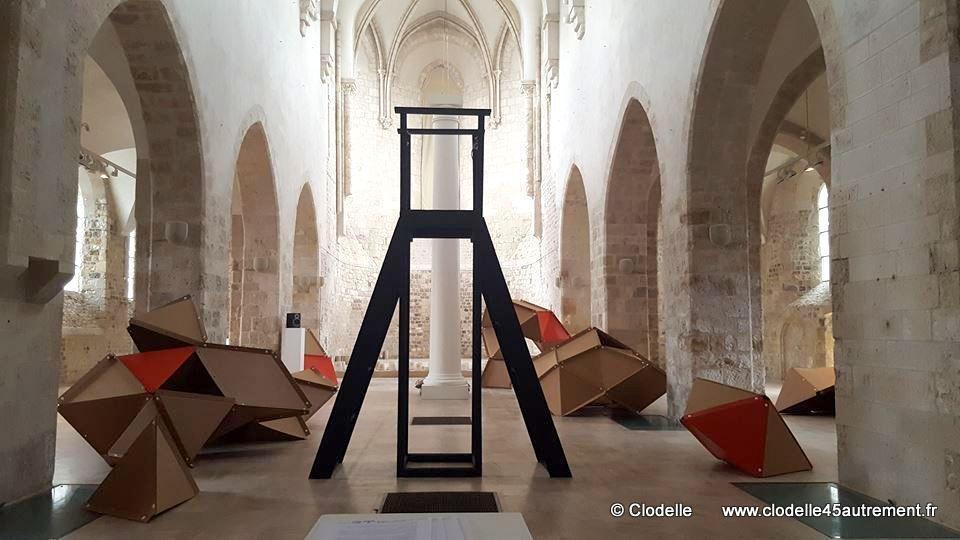 TERRITOIRES D'EXIL, exposition du collectif MIXAR Collégiale St Pierre le Puellier à ORLEANS - 17 juin - 27 août