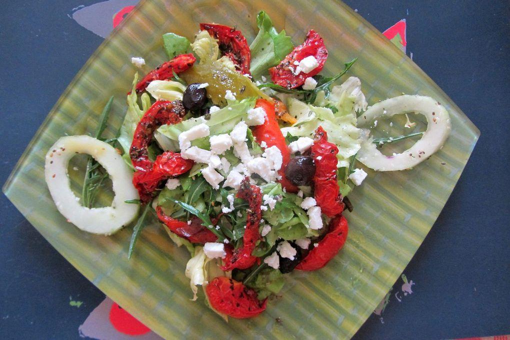 Salade d'été aux tomates séchées