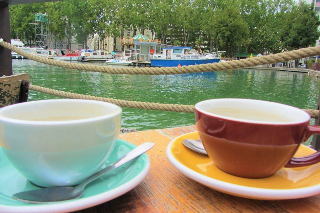 Paris Août 2017. Bassin de La Villette et canal de l'Ourcq.