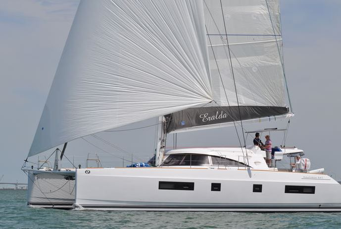 Exemples de catamarans construits en France : Catana, Lagoon et Bavaria