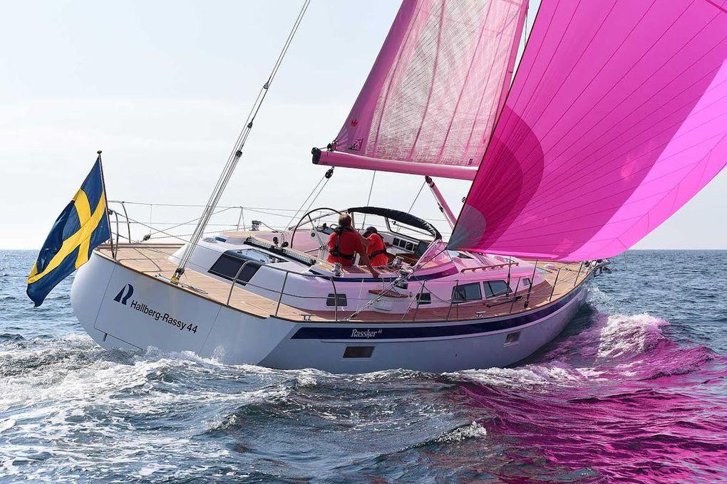 Exclusif - toutes premières photos du nouvel Hallberg Rassy 44 en navigation