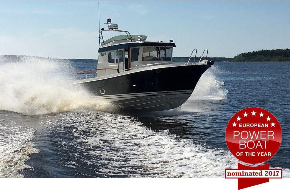 La Targa 30.1 et le Bénéteau Swift Trawler 30