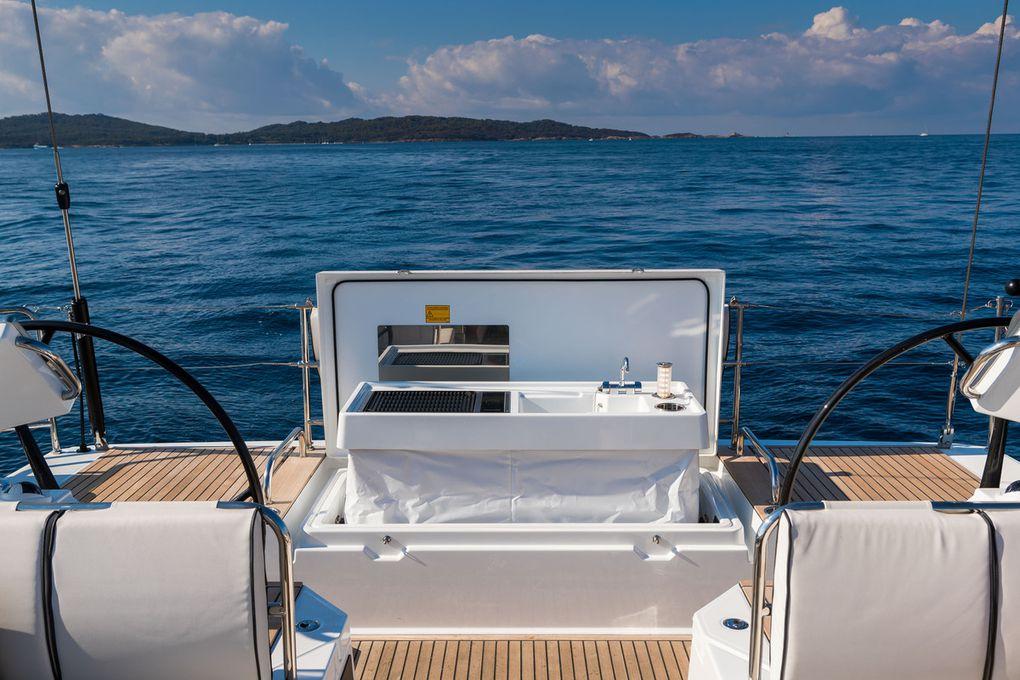 Lifestyle - Les plus belles photos du Bénéteau Oceanis Yacht 62 de Guido Cantini