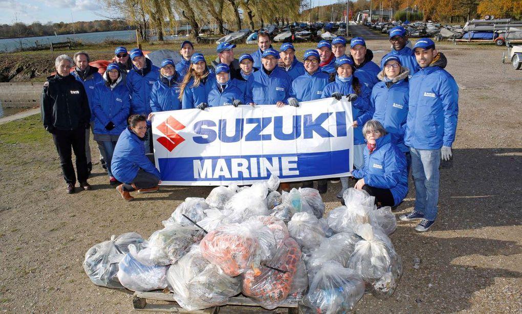 Les équipes de Suzuki Marine France se retroussent les manches pour l'environnement
