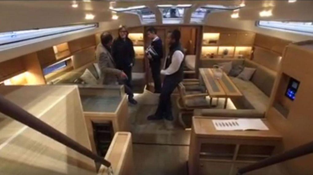 Vidéo Boot - visite guidée du nouveau Dufour 63 Exclusive