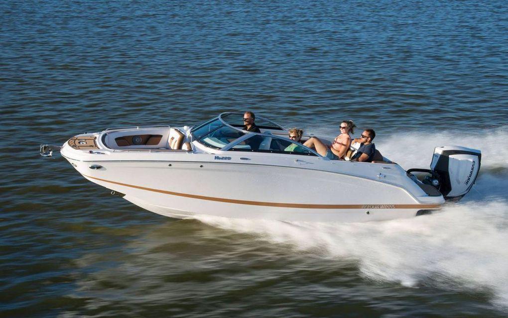 Hors-bord ou inboard, le nouveau Four Winns HD 220 veut séduire tous les plaisanciers !