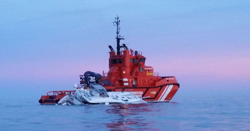 Vidéo - démâtage et abandon du tout premier catamaran Privilège Série 7