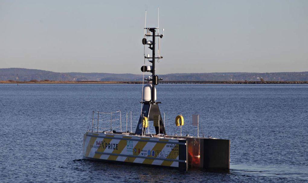 Un bateau traverse la Manche sans équipage pour livrer des huîtres en Belgique