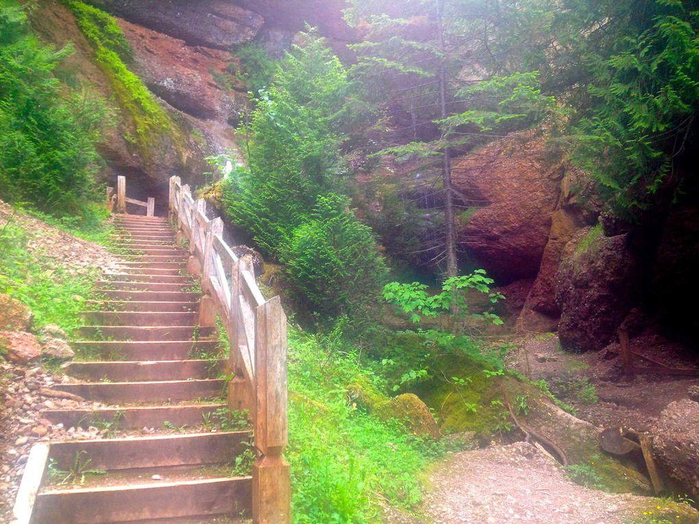 La Grotte du Mont Sainte-Anne à Percé