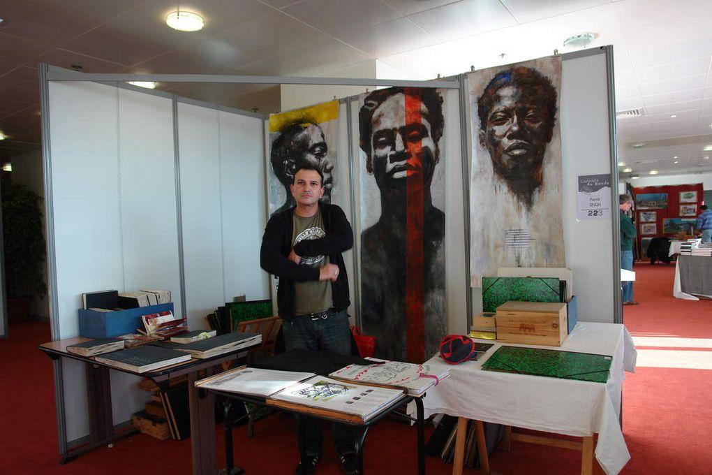 """Biennale du carnet de voyage Clermont Ferrand 2010 lors duquel j'ai craqué pour le carnet """"Corps et âmes""""de Patrick Singh"""