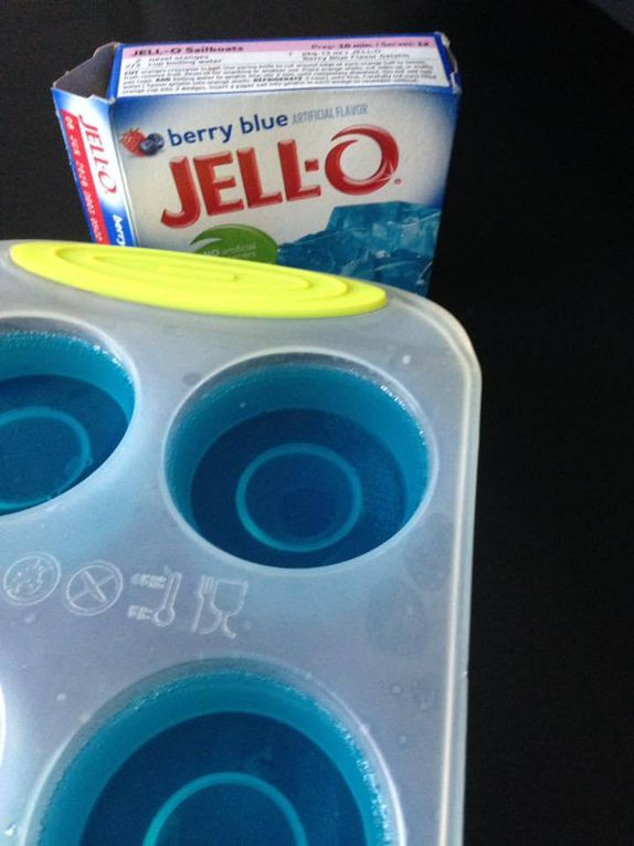JELL O  berry blue