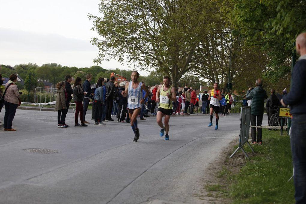 Photos de Patrick Maujean du 10 km de BEZANNES