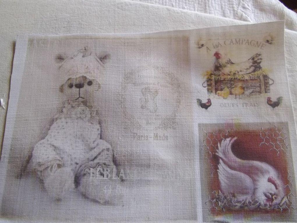 les 2 premieres photos les petits lapins sont imprimées sur le coton bleu a pis