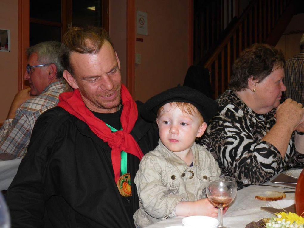 Le repas du samedi soir au gite des Marronniers de Champfrémont