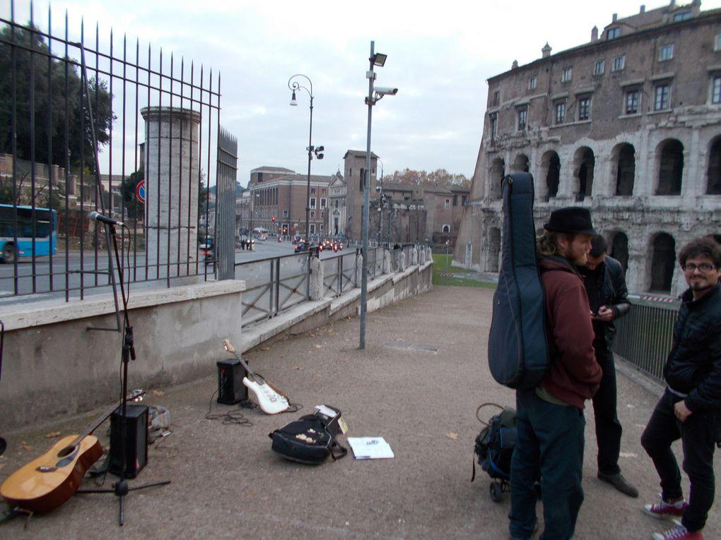 vers le Tibre, palais d Emmanuel, les rues, les étourneaux  sansonnet