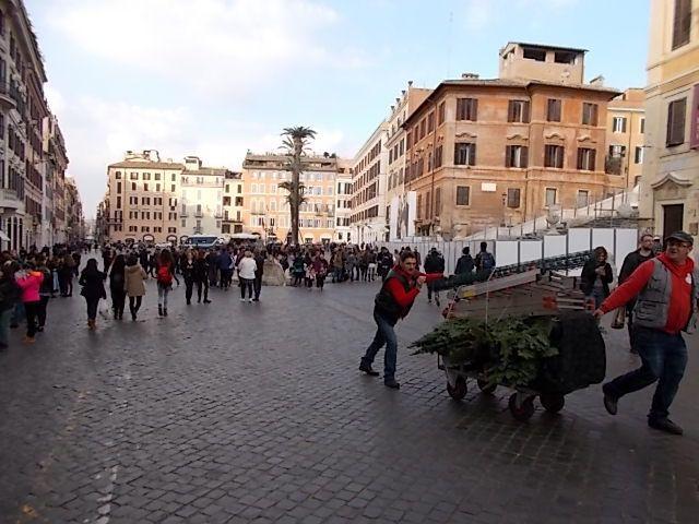La creche place St Pierre, les bords du Tibre ,  des rues ,  des monuments, des fontaines