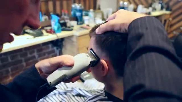 Un coiffeur