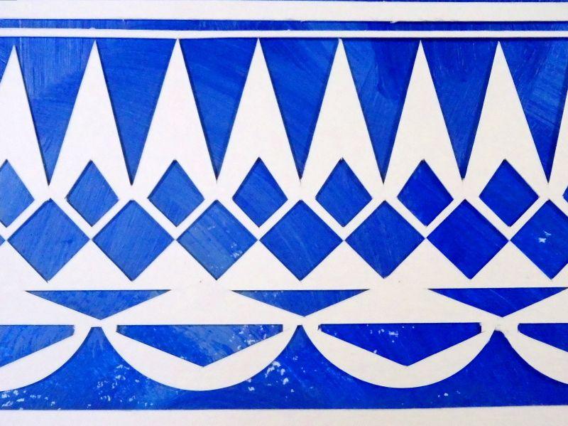 Totem - Acrylic and papercut