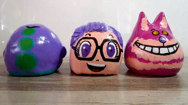 Argile Figures Purple Tentacle (Day of The Tentacle, LucasArts), Arale (Dr Slump, Akira Toriyama) and the Cheshire Cat (Alice in Wonderland written by Lewis Carroll adaptation by Disney Studios)