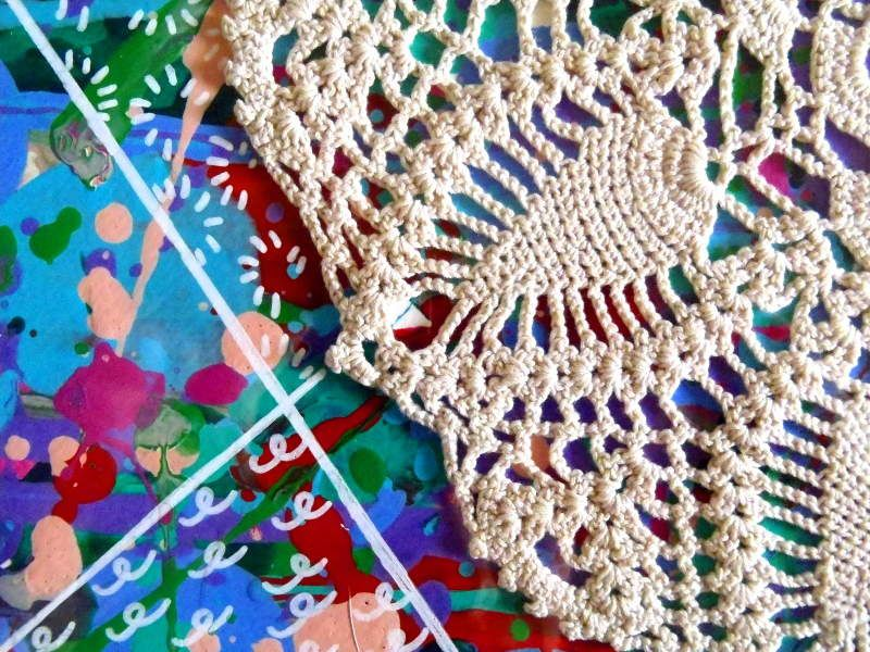 Contemporary Doily - Acrylic on paper - 40*50 cm