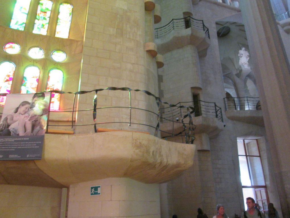 Intérieur de la Sagrada Familia