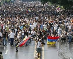 Bajo esa consigna, la Mesa de la Unidad Democrática llamó a una nueva manifestación contra el régimen de Nicolás Maduro. La plataforma antichavista anunció también protestas en las capitales de los 23 estados del interior