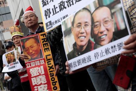El Nobel de la Paz Liu Xiaobo sale de la cárcel enfermo de cáncer