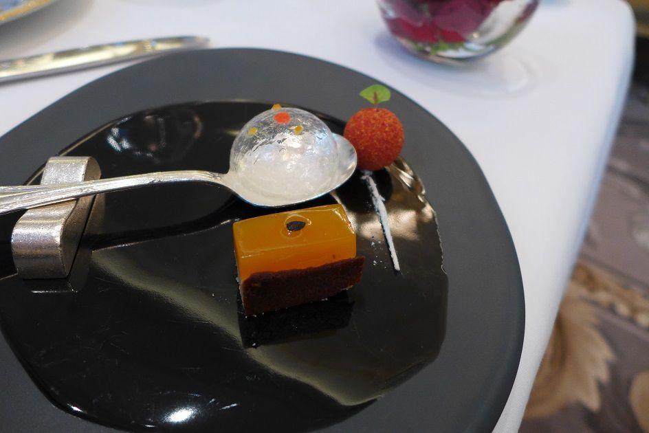 Le Cinq Restaurant (Hôtel Georges V, C. Le Squer, Paris 8)