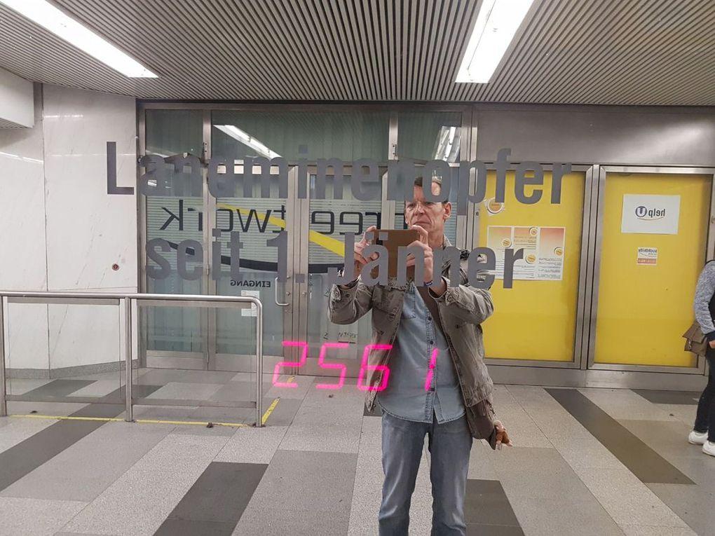 Wien muss man entdecken. Interessante U-Bahn Plätze ohne Grafitti und der Naschmarkt.