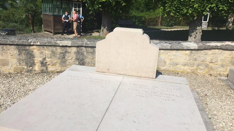 Profanation de la tombe familiale du Général de Gaulle