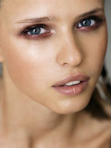 Maquillages pour voir la vie en rose