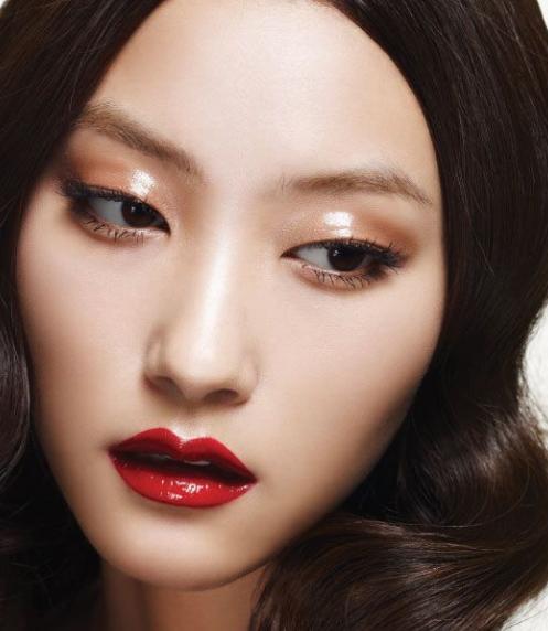 Maquillages pour beautés asiatiques