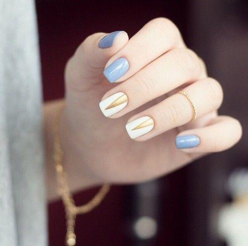 Nail art dorés