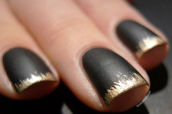Nail art noirs