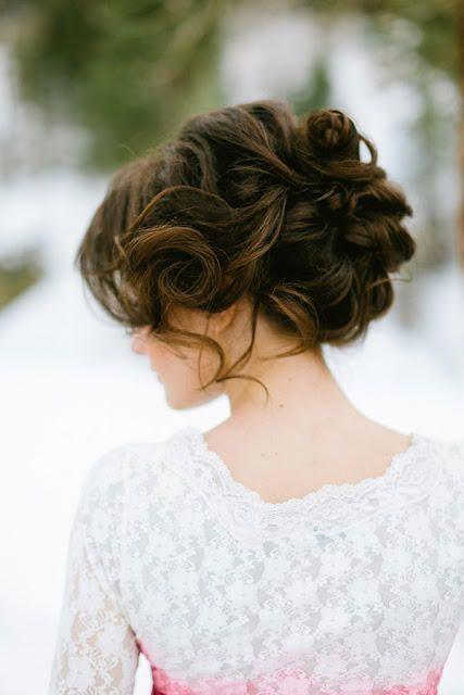 15 chignons de mariée romantique